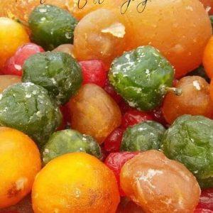 Fruta confitada y panes con frutos secos