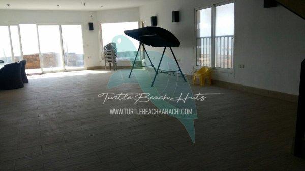 Rent Turtle Beach Hut TB4