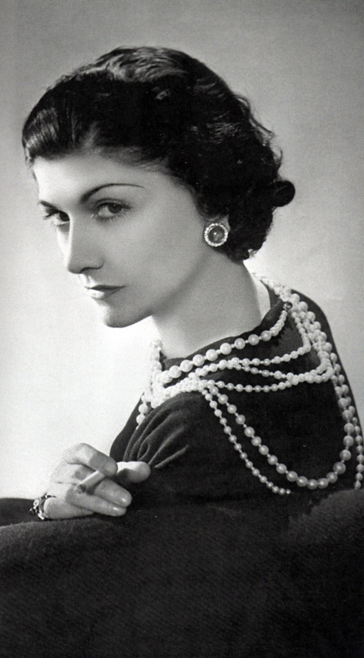 25 Famous Coco Chanel Quotes On Fashion and Life