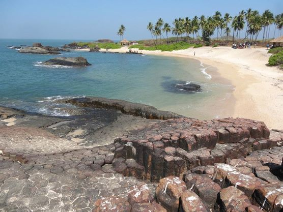 Whenever I think of summer, I think of the beach. Out of the ones we've visited recently, the beaches on St Mary's Island outside of Udupi, India were by far the most beautiful.