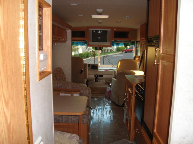 RV Travel with HUGE amounts of space!