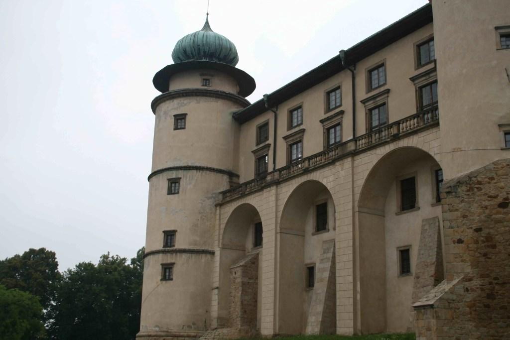 zamek-w-nowym-wisniczu