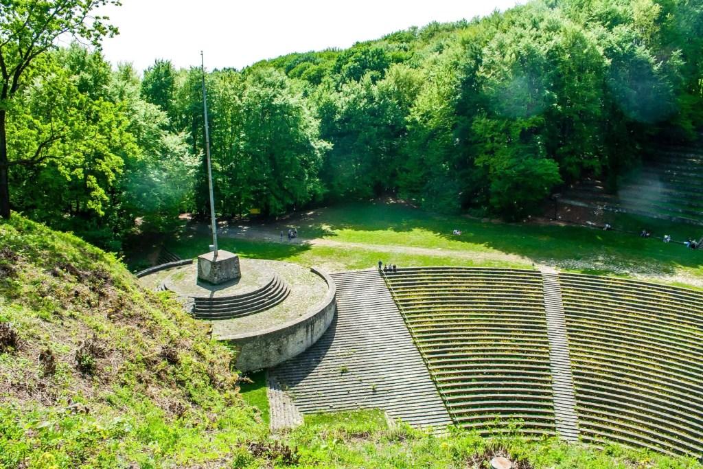 Nazistowski amfiteatr skalny