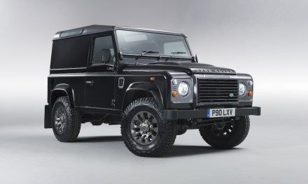 Land Rover Defender w wersji LXV Special Edition