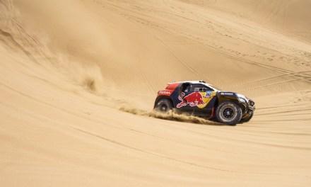 Team Peugeot Total na mecie rajdu Dakar 2015
