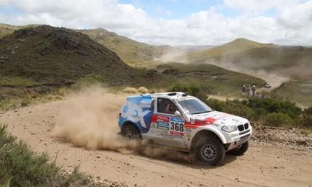 """Dakar 2015: Etap 3 – Kapitan nie zwalnia, dobry dzień w """"wadze ciężkiej"""""""