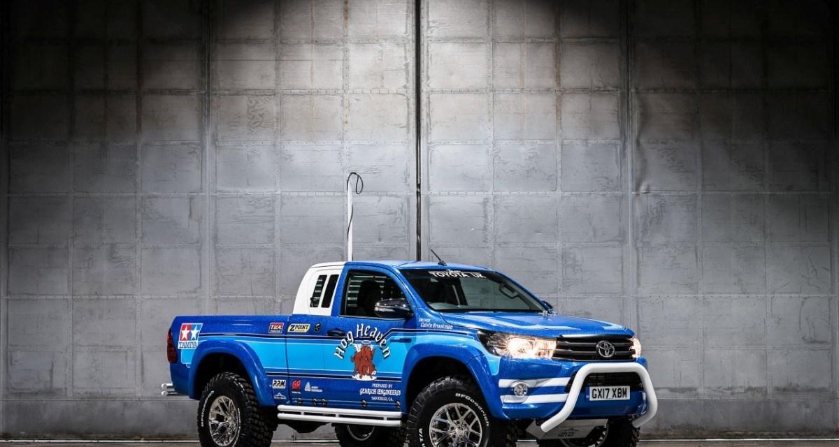 Toyota Hilux Bruiser jak zabawka