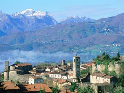 Beautiful views of the Castelnuovo di Garfagnana