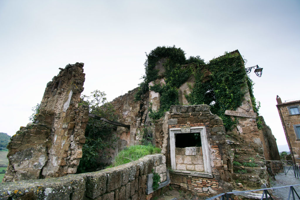 Celleno-Vecchio_ingresso_borgo