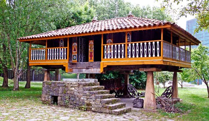 Panera típica asturiana del Museo del Pueblu d'Asturies