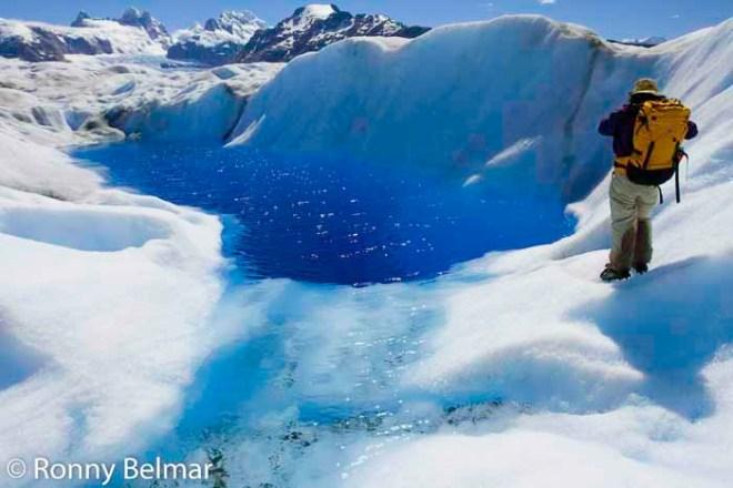 Estas lagunas se forman, se agrietan, y desaparecen ya que los glaciares son muy dinámicos