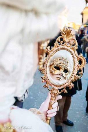 Durante los días de Carnaval, Venecia se llena de glamour.