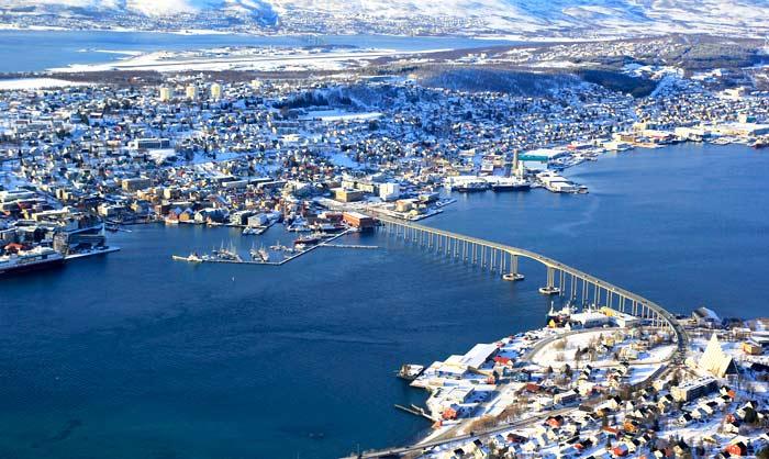 Vista de Tromsø desde la montaña Storsteinen