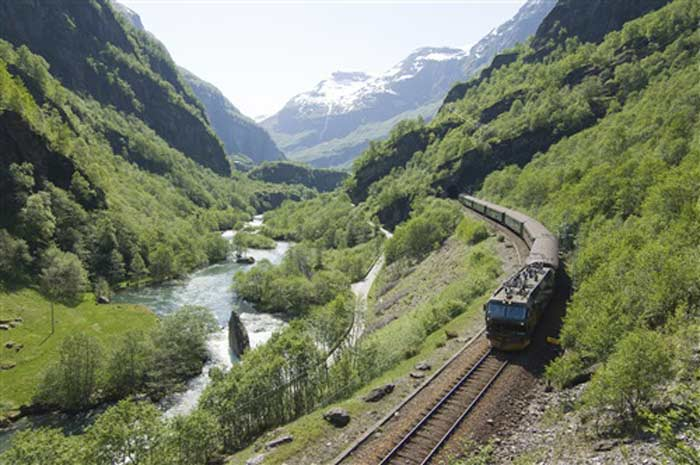 Tren de Flåm CH - visitnorway.com