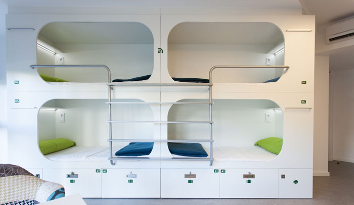 Literas cápsula del Dream Cube Hostel de Barcelona