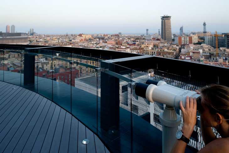 Vistas del Raval desde la terrraza 360º del Barceló Raval