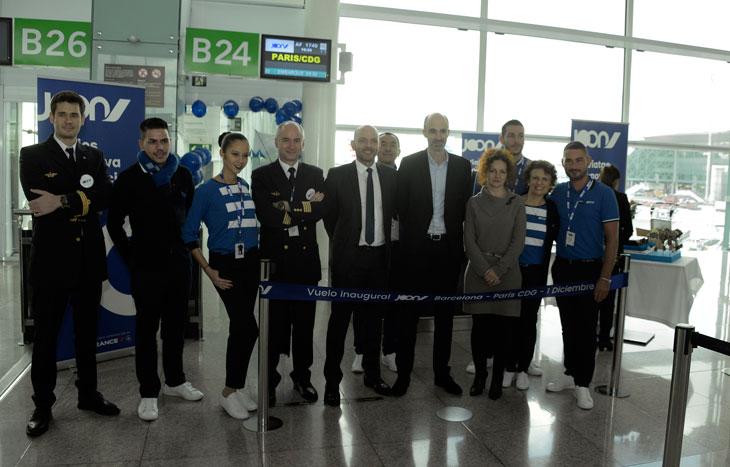 Corte de cinta del vuelo inaugural de Joon en el aeropuerto de Barcelona-El Prat