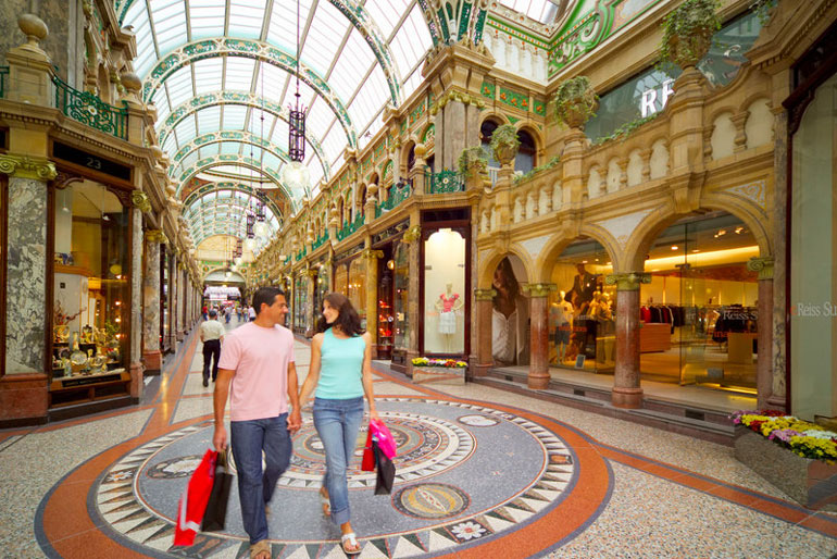 County Arcade en Victoria Quarter VisitEngland/Yorkshire.com