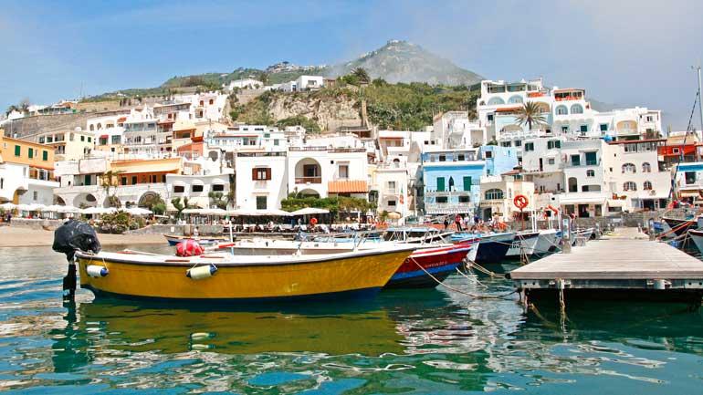 Típico pueblo de Ischia