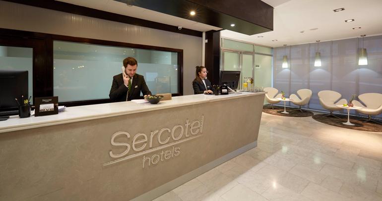 Recepción de Sercotel Madrid Aeropuerto