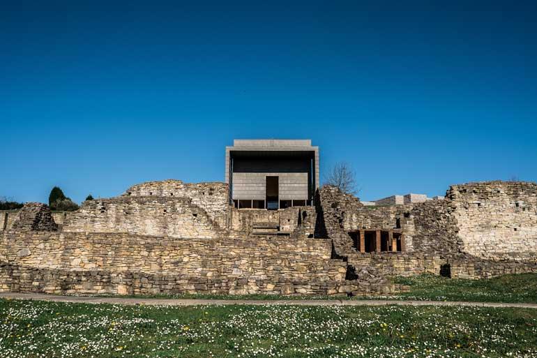 Villa romana de Veranes © Yeray Menéndez Archivo fotográfico. Museos Arqueológicos de Gijón. Fundación Municipal de Cultura, Educación y Universidad Popular del Ayuntamiento de Gijón/Xixón