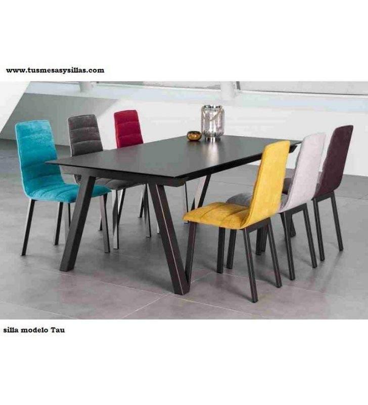 chaise rembourree avec dossier haut pour salle a manger tau design discalsa moderne