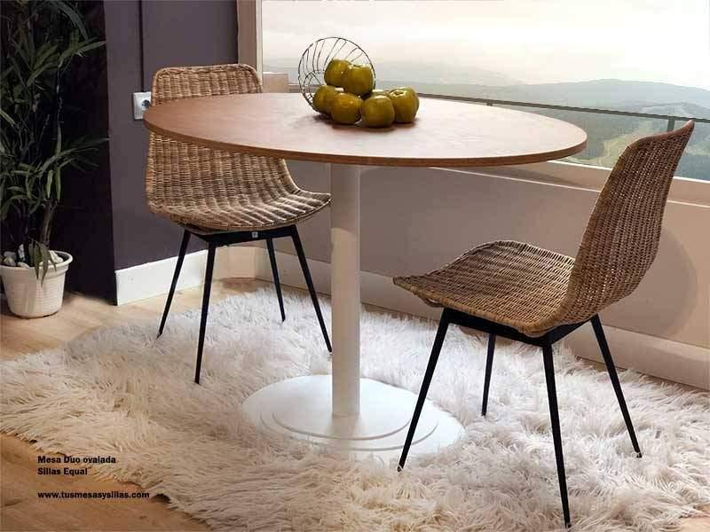 mesa oval central com design moderno