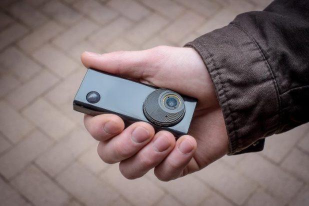 Autographer: Η Έξυπνη Φωτογραφική Μηχανή