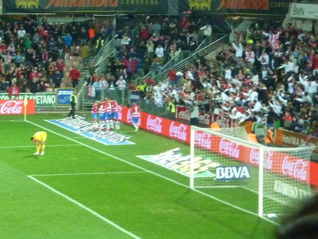 Celebración del gol de la victoria. PHOTO: Autor del artículo.