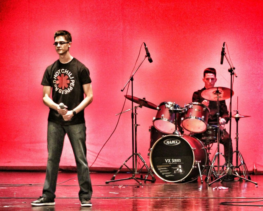 La actuación de Adrián Montes Plaza.