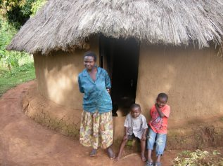 A family that had to flee political violence in central Kenya. Photo by Barbara Borst (2008)