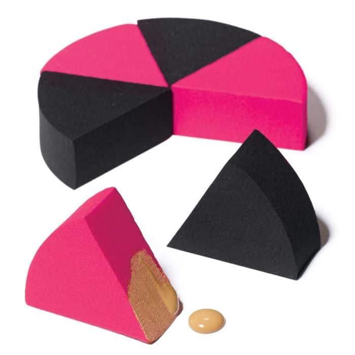 Mút trang điểm hình tam giác