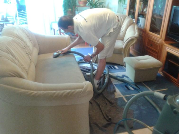 Kanapé tisztítás és textilbőr tisztítás