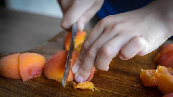 couper-abricot4