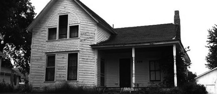 Ten Haunted Abandoned Houses In The World | The Axe Murder House,Villisca, Iowa, USA