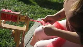 COLORBOMB Creations Art Yarn Spinning Tutorial: Corespinning
