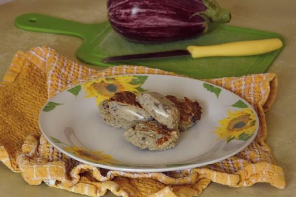polpette polpettine di melanzane formaggio ricetta pranzo vegetariana vegetariano studenti università schiscetta light