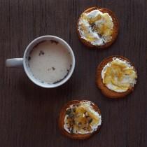fette biscottate colazione yogurt marmellata frutta sano healthy fit