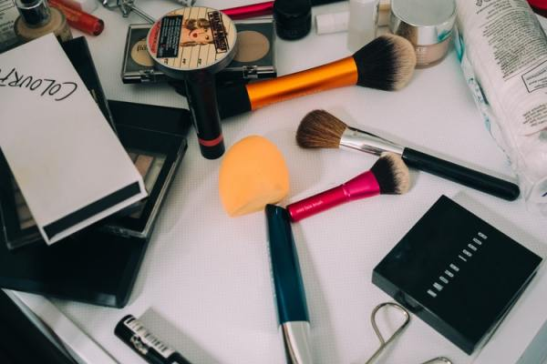 make up makeup organization organizzazione trucco trucchi organisation