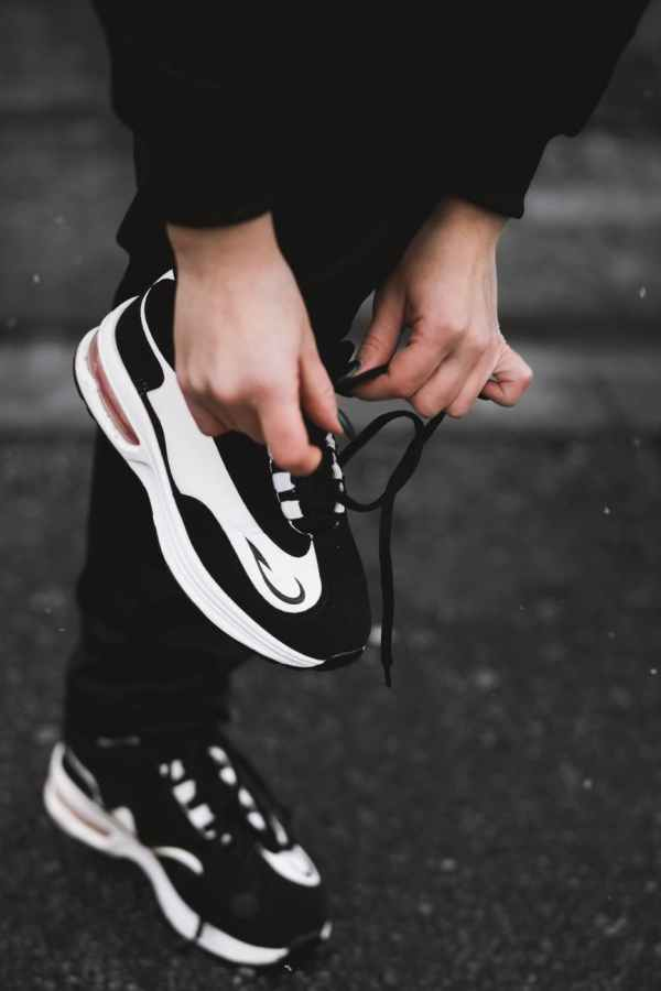 scarpe ginnastica sneakers nike adidas