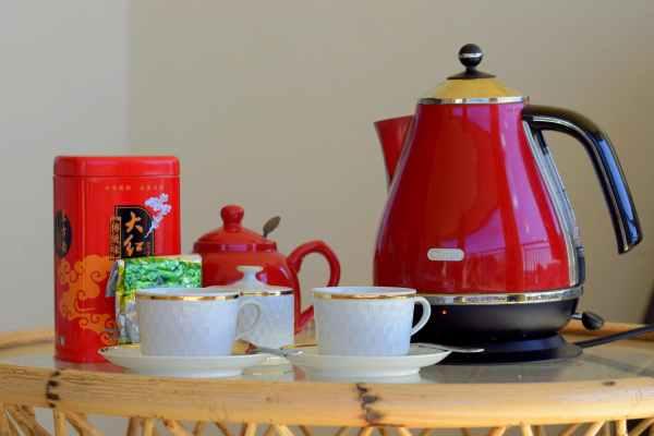 bollitore elettrico tè caffè teiera tazze