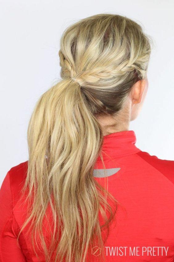 acconciature palestra twist me pretty coda di cavallo con treccia workout hairstyle
