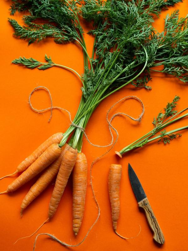 vitamina a betacarotene retinolo carote pelle salute dieta alimentazione