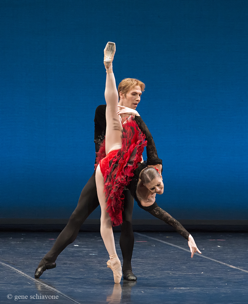 Alina Cojocaru e Johan Kobborg in Don Quijote. Ph. © Gene Schiavone.