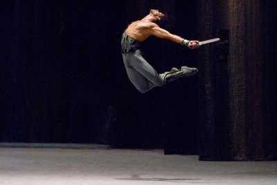 "Carlos Acosta in ""Spartacus"". © Ph. Angela Taylr, Teatro Bolshoi di Mosca, 2007"