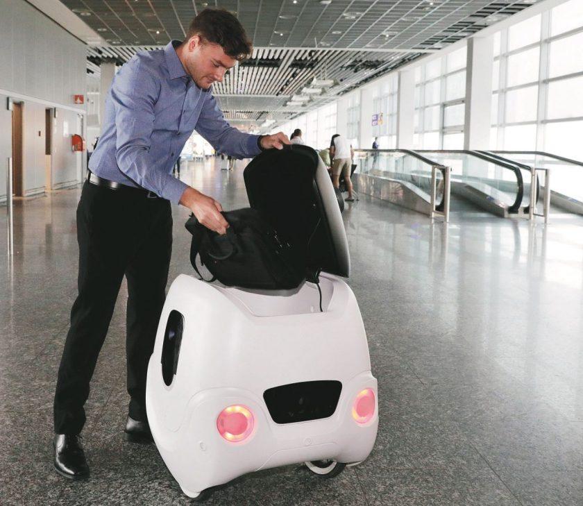 Robot aeroporti yape