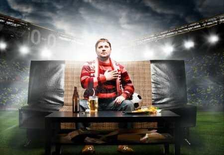 Calcio tutte le notizie potete godervele anche dal divano! Tutti gli aggiornamenti avvenimenti risultati retroscena del Calcio LEGGI!