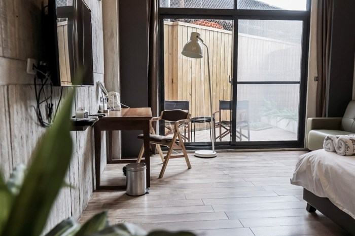 |台東市區住宿|咖啡工寓-清水模feat.工業風的咖啡廳民宿 住宿還有咖啡喝