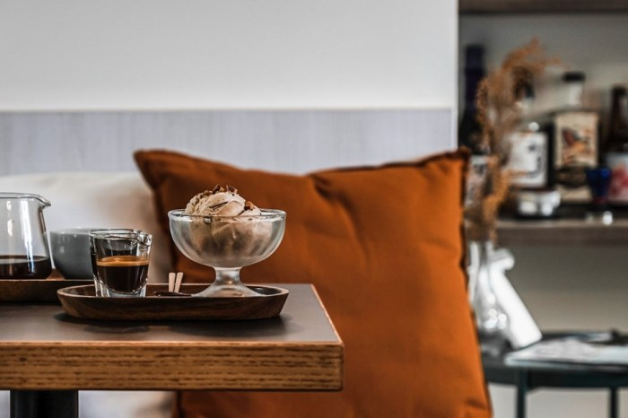 |花蓮市區咖啡廳|THE RISING COFFEE ROASTERS-為您示範一組我心目中完美的Affogato
