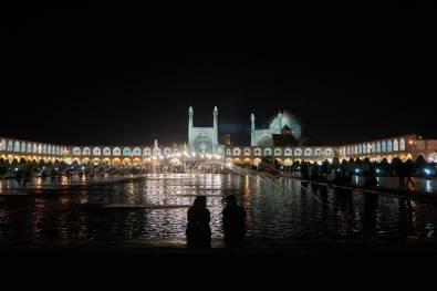 Plac Imamma w nocy